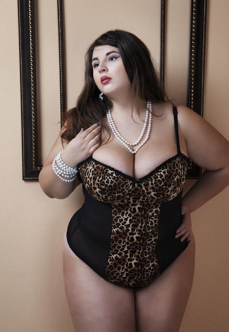 Соблазнительные фото груди толстых женщин девушек