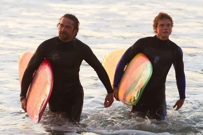 Список топ 10 лучших фильмов про серфинг