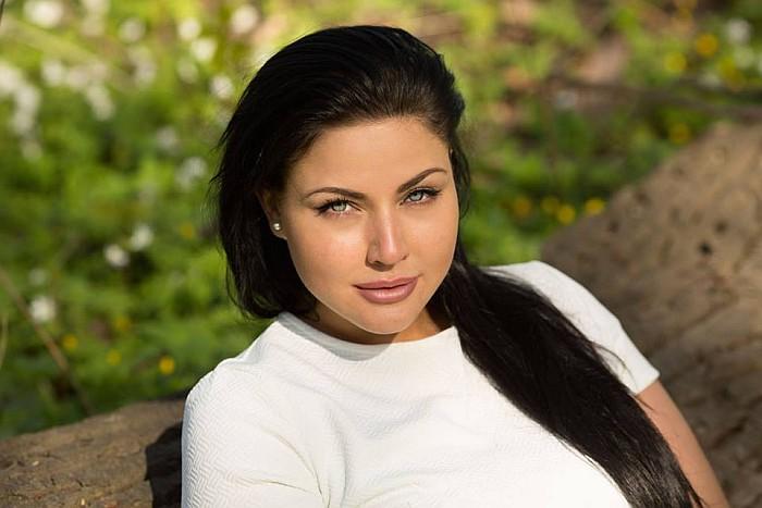 Юлия лаврова фото работа девушке моделью нязепетровск