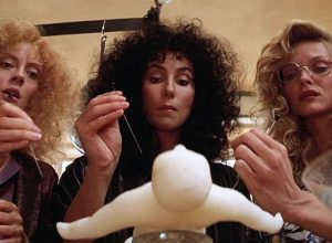Список топ 10 лучших комедий про ведьм