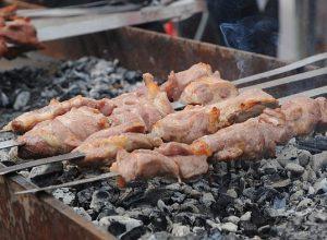 Как определить несвежее мясо для шашлыка