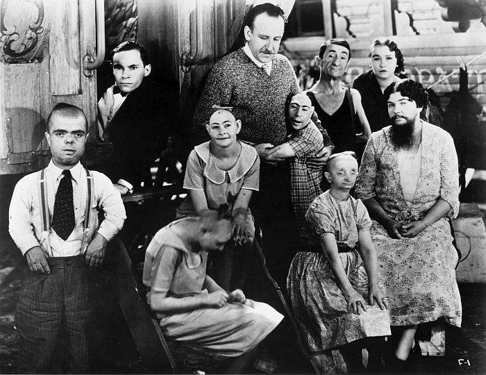 Уродцы (1932)