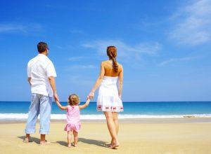 Отдых на море с ребенком — советы педиатра