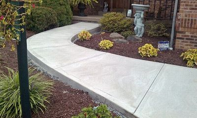 Как сделать бетонные дорожки