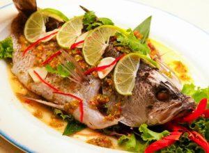 2 рецепта блюд из рыбы. Рулетики из лосося и ароматная сёмга.