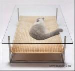 Стол с лежаком для котов