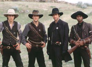 Список топ 10 лучших фильмов про ковбоев