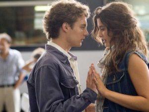Список топ 10 лучших фильмов про любовь в колледже