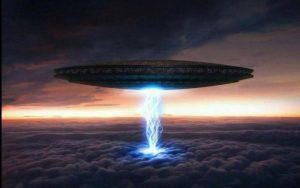 Список топ 10 лучших фильмов про НЛО