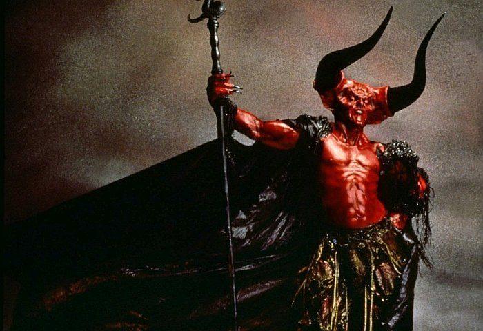 Список топ 10 лучших фильмов про Дьявола